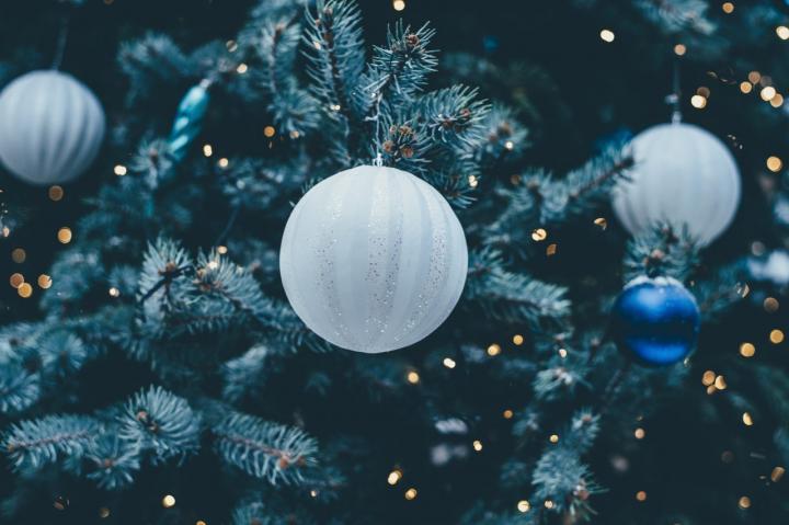 Die 6 schönsten Weihnachtsbaum-Schmuckideen