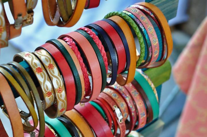 Schmuck aus Leder gestalten - die 7 schönsten Arten