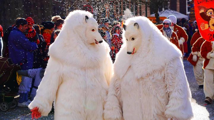 Gruppenkostüme zu Karneval – 6 super coole Ideen