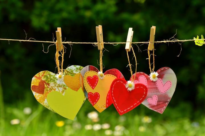Individuelle Herzen selber machen - 8 tolle Ideen zum Valentinstag