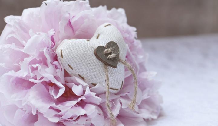 Stoffe und Wolle die von Herzen kommen - 6 schöne Ideen