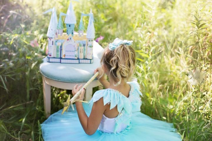 Kleine Karnevals-Prinzessin – Die 5 schönsten Kleider zum Selbermachen