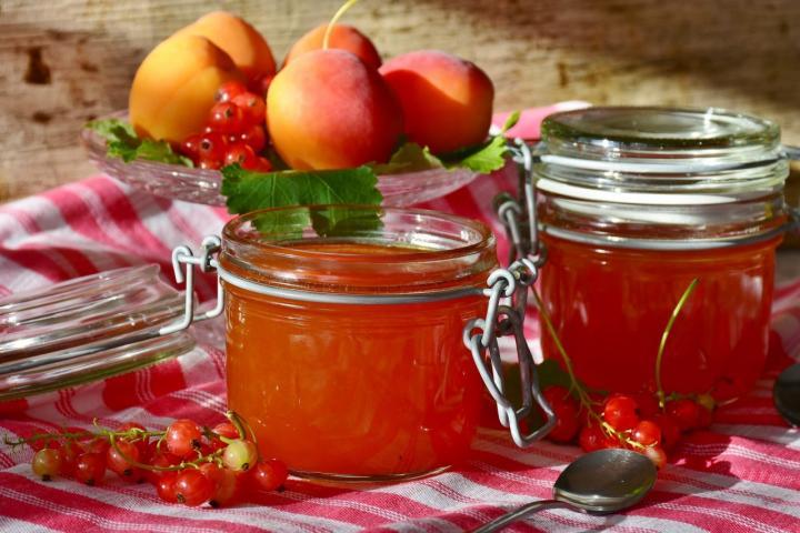 Marmelade mit Alkohol - 6 spritzige Ideen