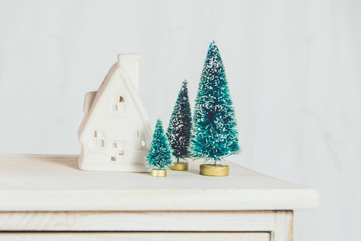 Weihnachtsbäume basteln - 5 DIYs für nadelfreie Tannen